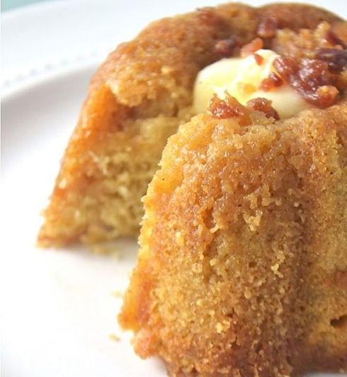 Maple_French_Toast_Bourbon_Cake_with_can