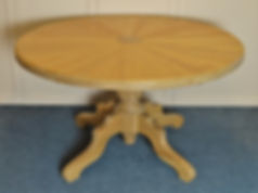 ronde designtafel