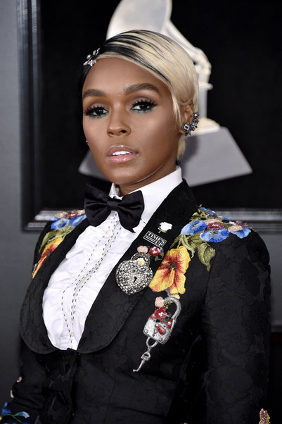 Hair-Makeup-Grammys-2018-Red-Carpet-Pict