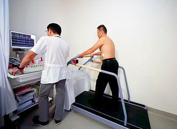 Koroner kalp hastalığı teşhisinde eforlu egzersiz testi yapılır.