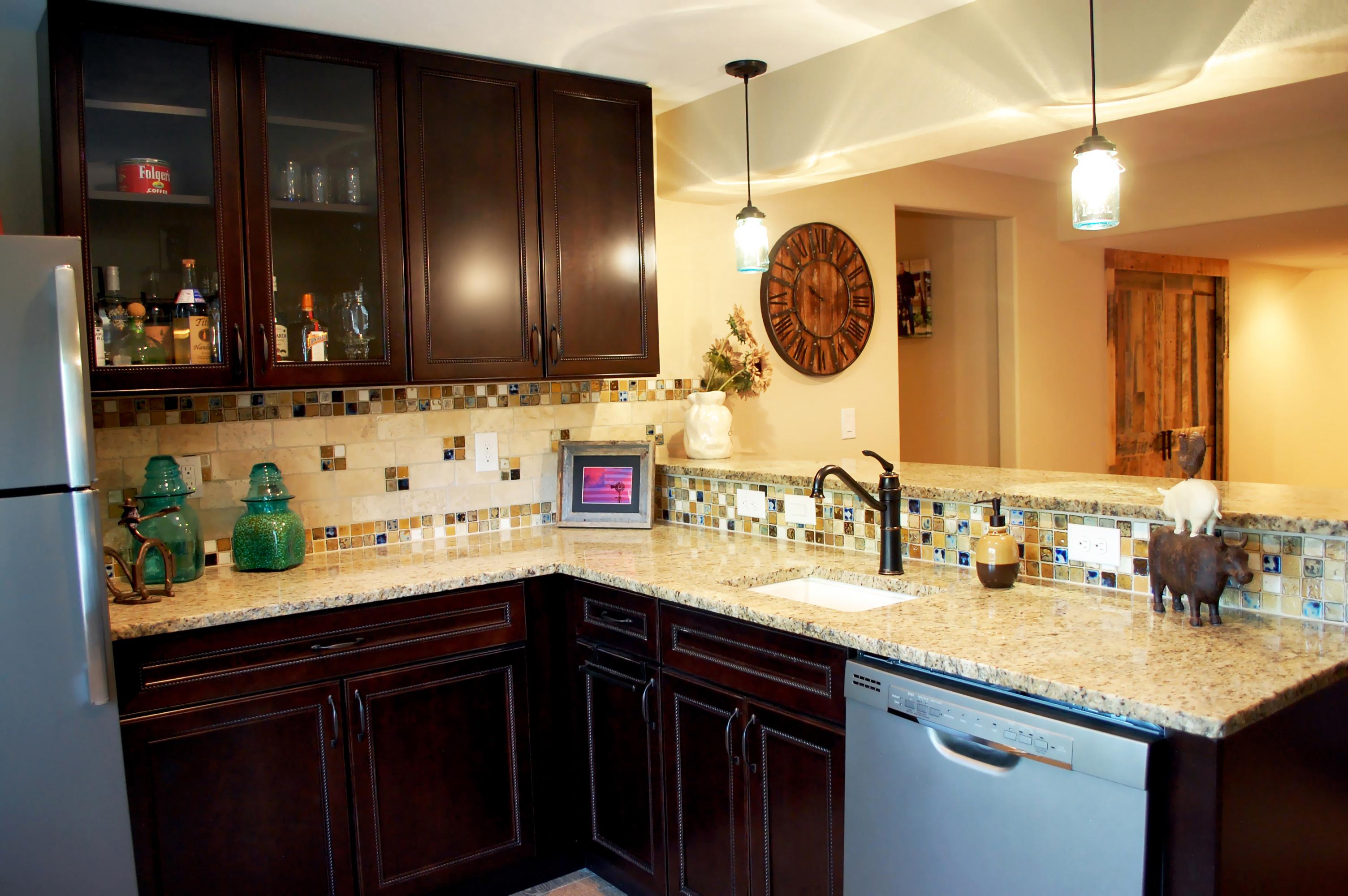 DSC_1113- kitchen.jpg