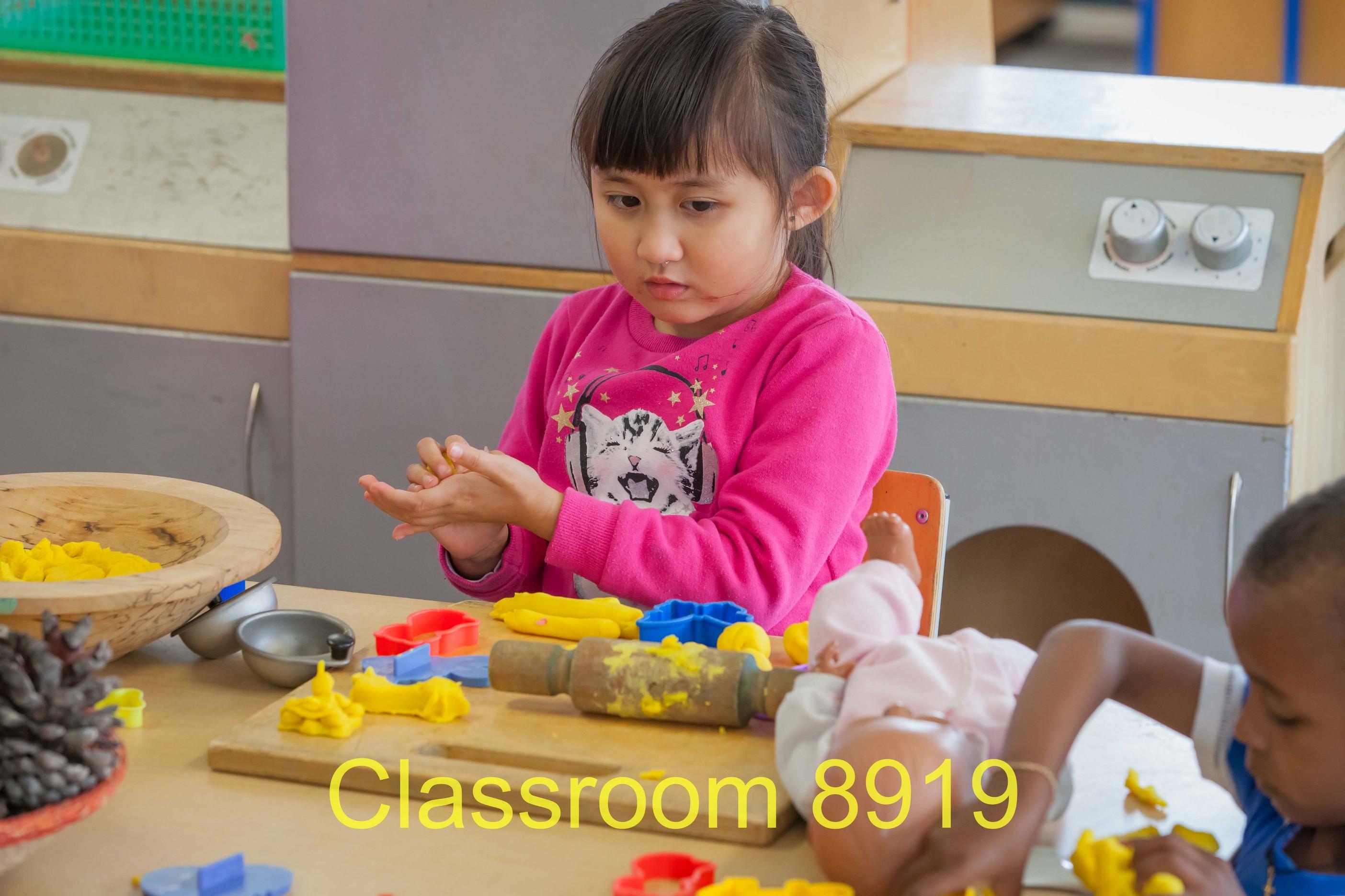 Classroom 8919