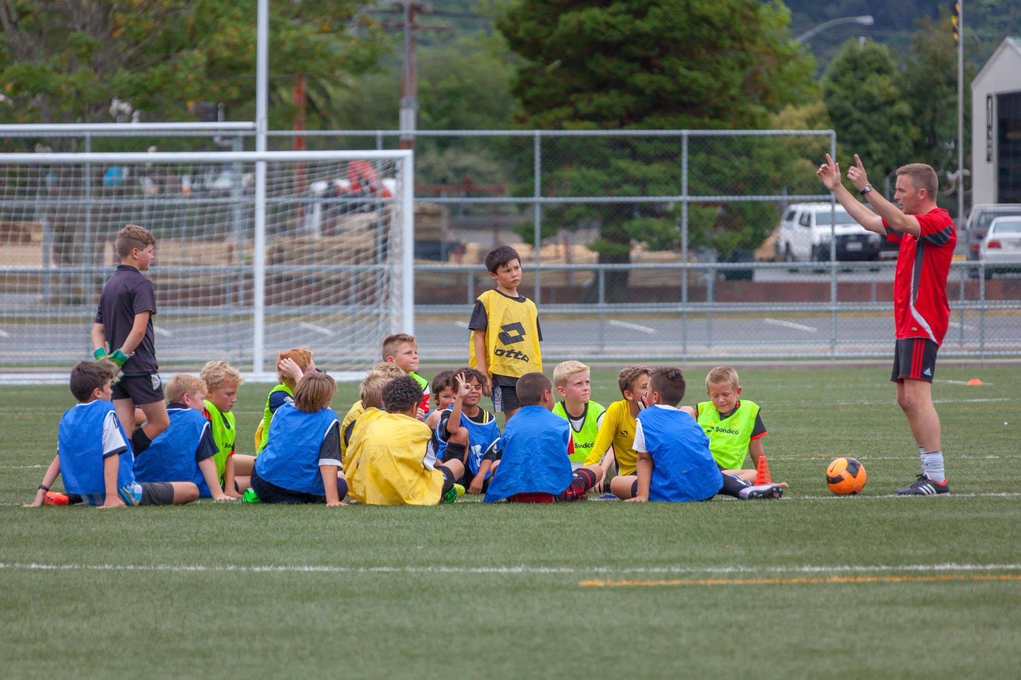 UHCC Soccer Coach 4497