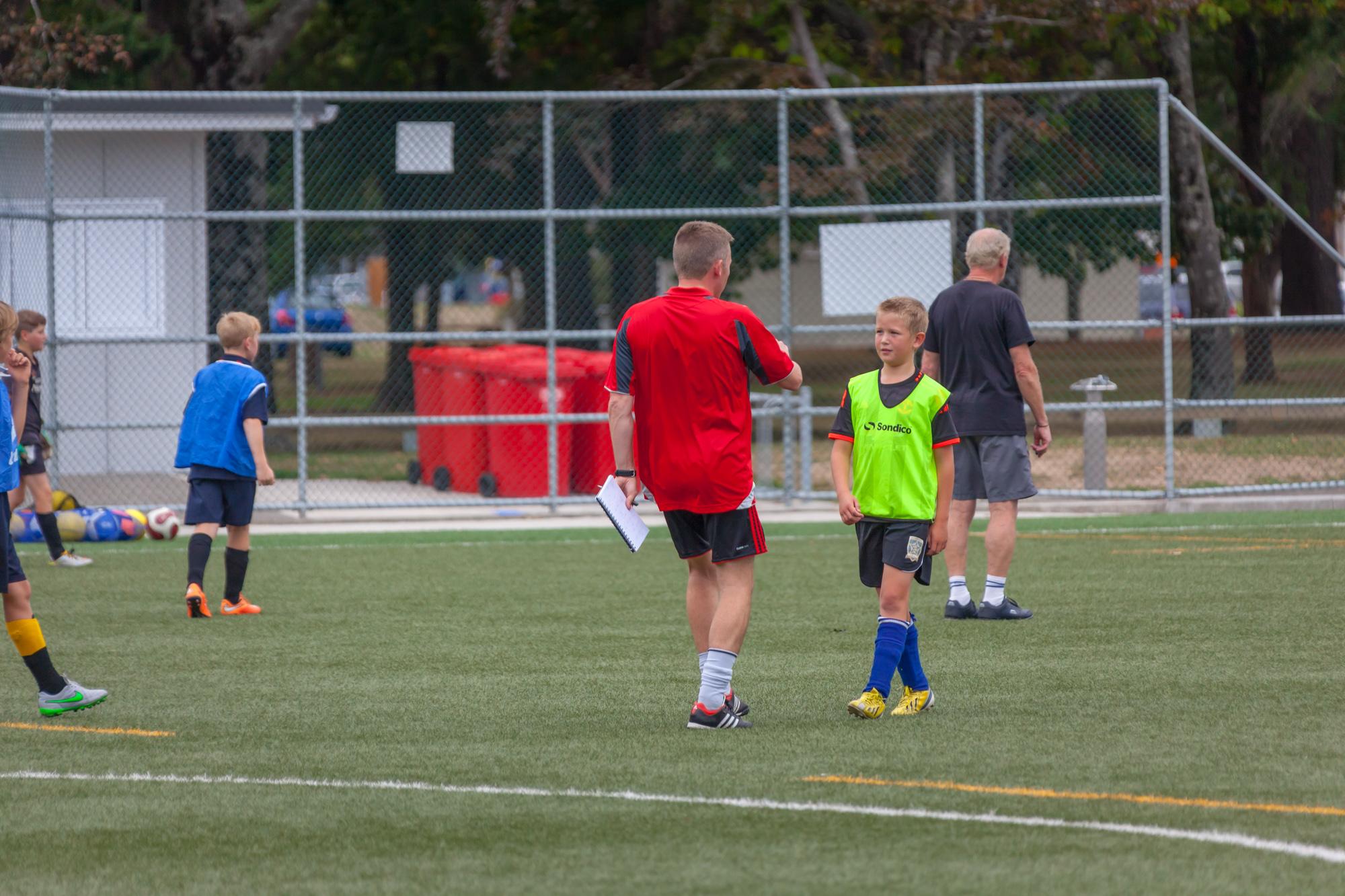 UHCC Soccer Coach 4431
