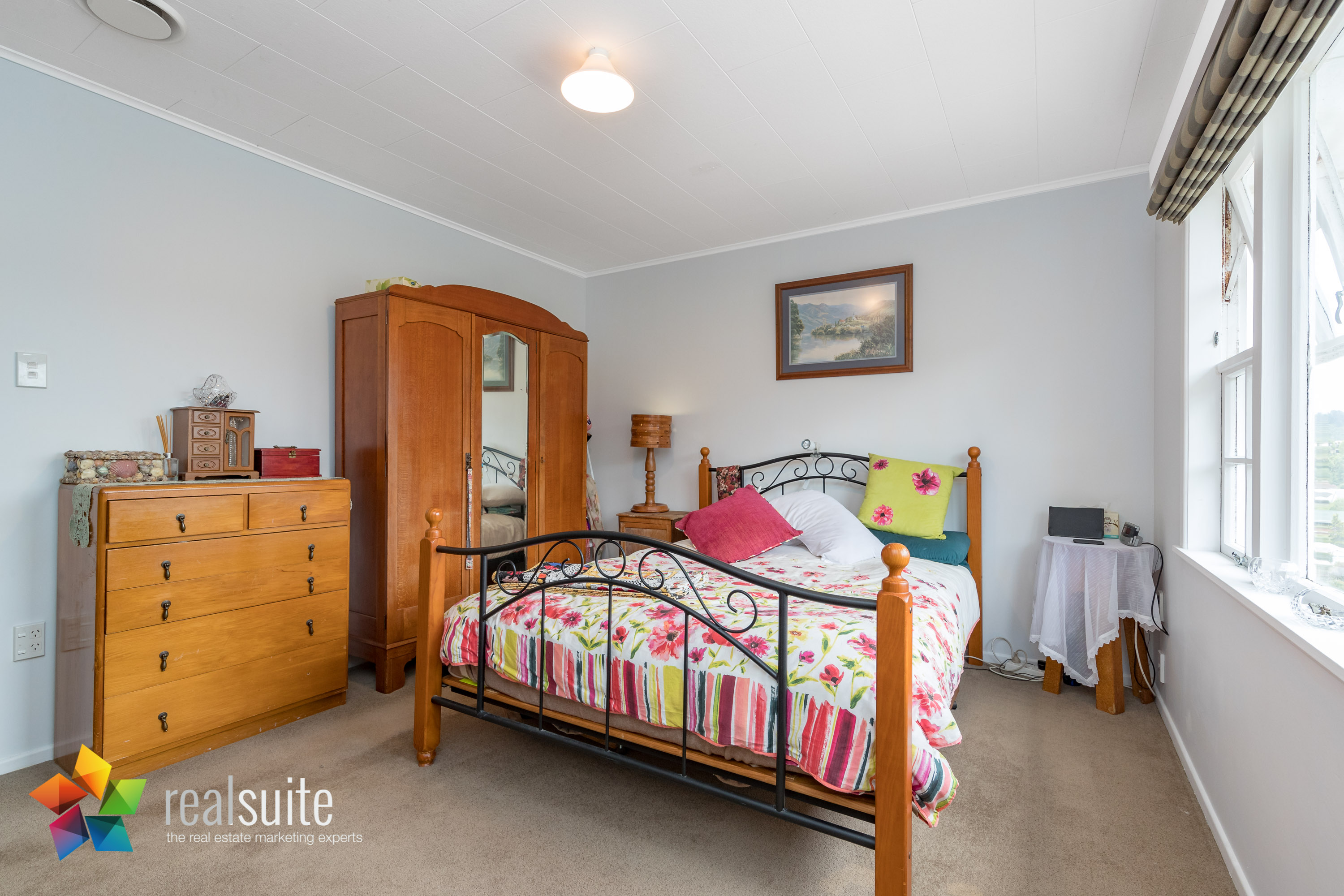 53 Lowry Crescent, Stokes Valley 8799-Edit