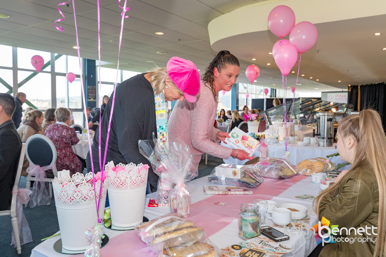Kylies Pink Ribbon Breakfast 0464