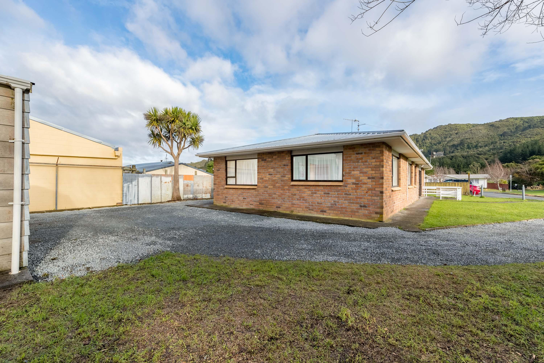 342 Wellington Road, Wainuiomata 3603