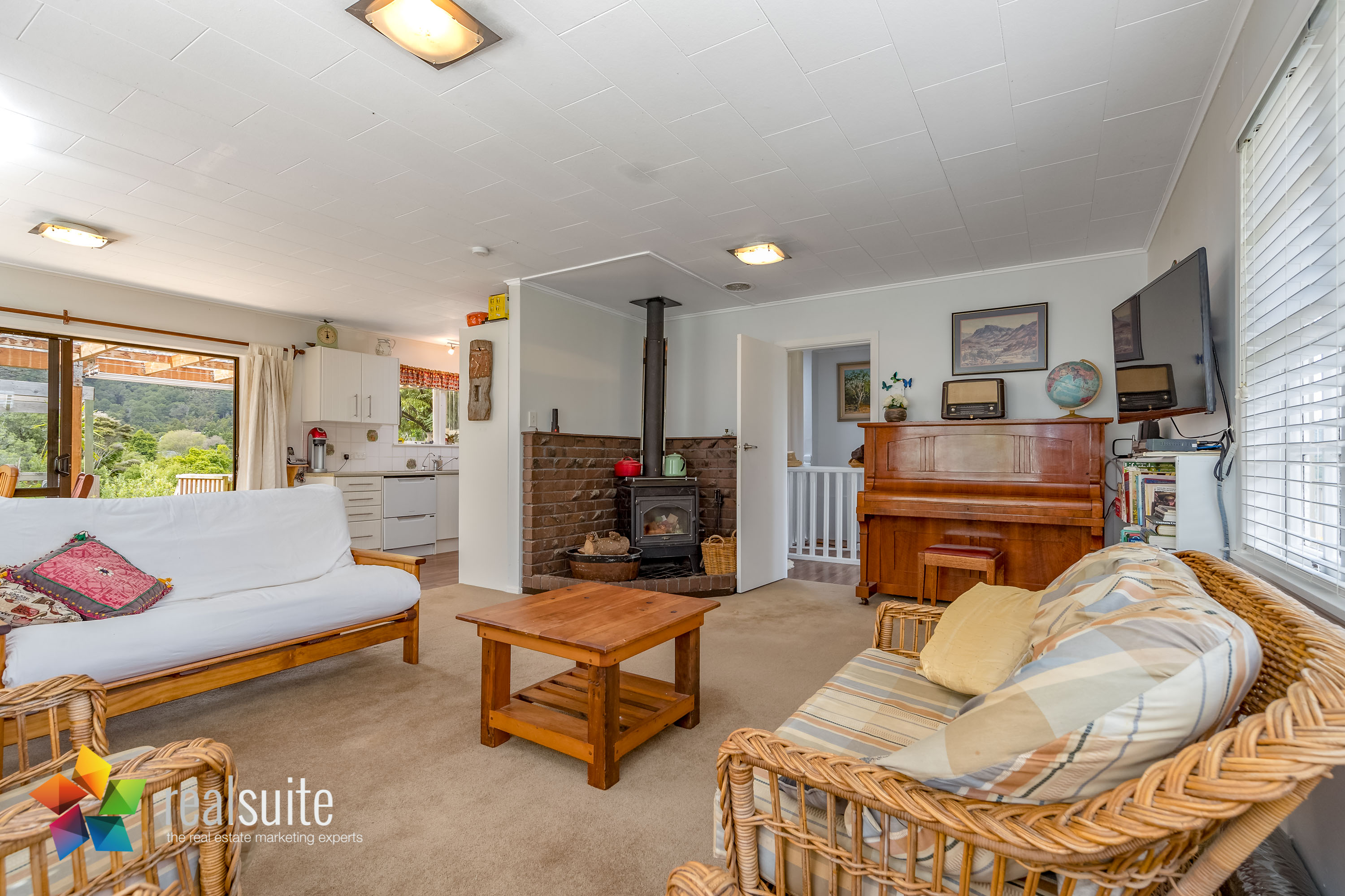 53 Lowry Crescent, Stokes Valley 8691-Edit