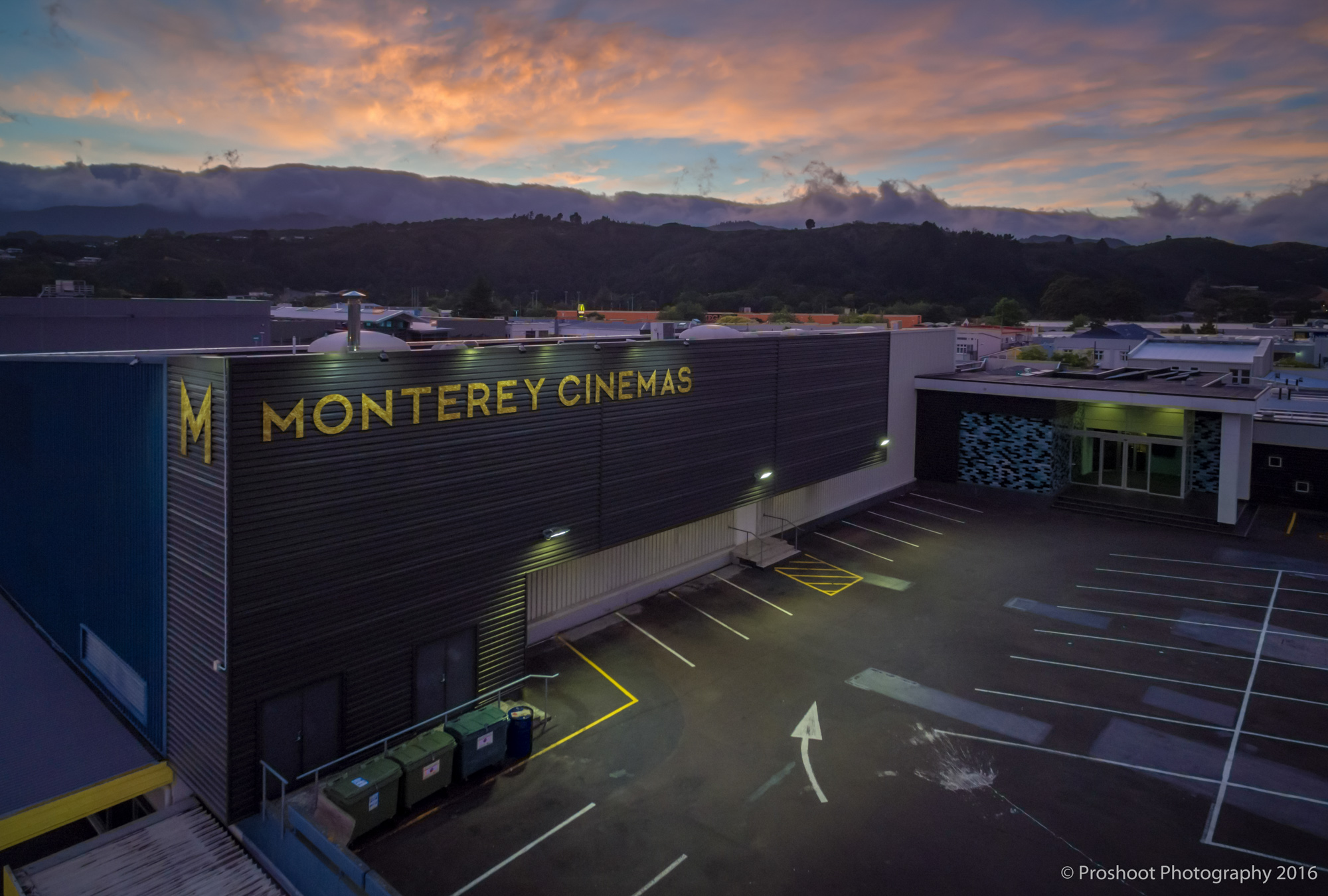 Dzine Monteray Cinema Sunrise 0015