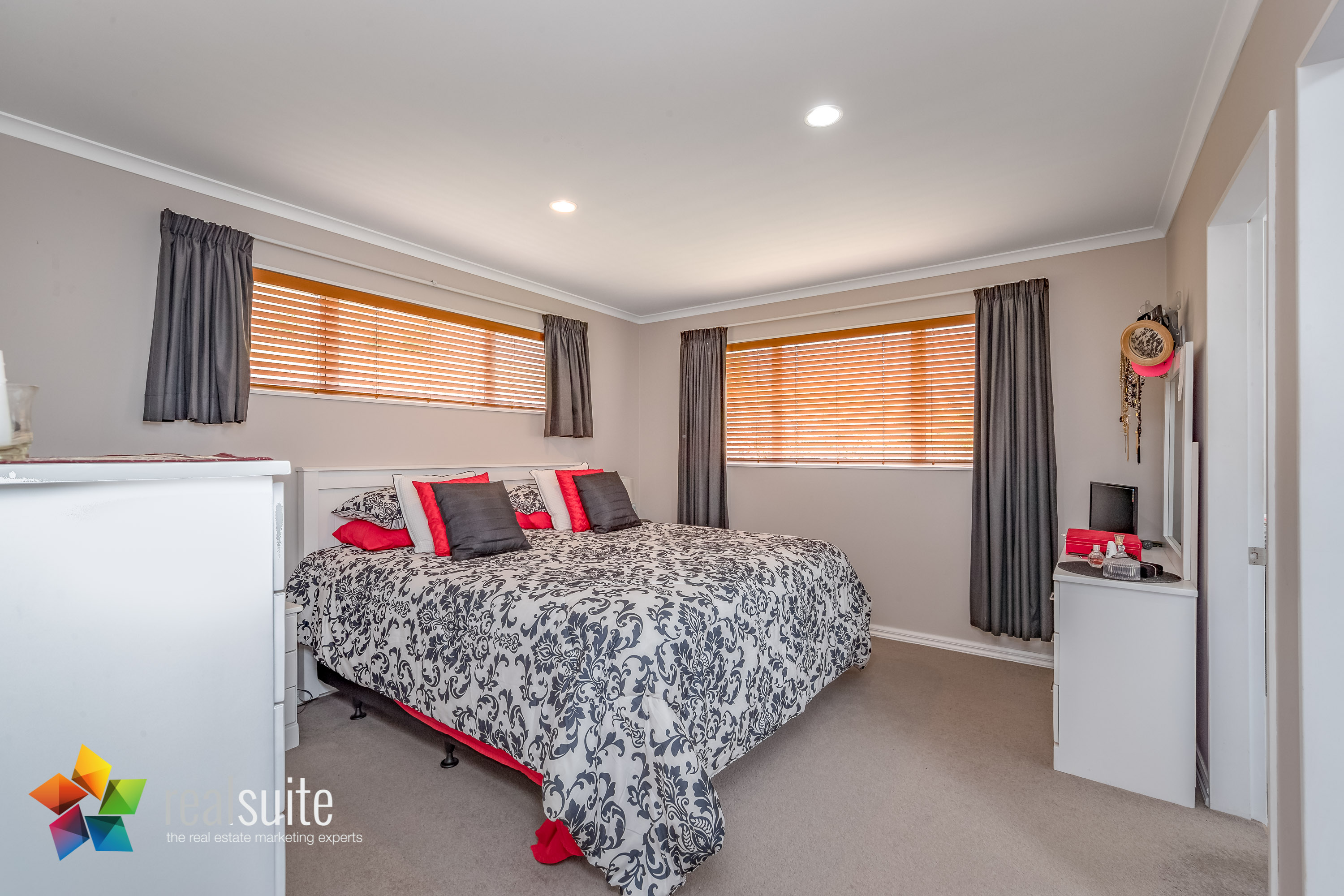 10 Frankie Stevens Place, Riverstone Terraces 4206