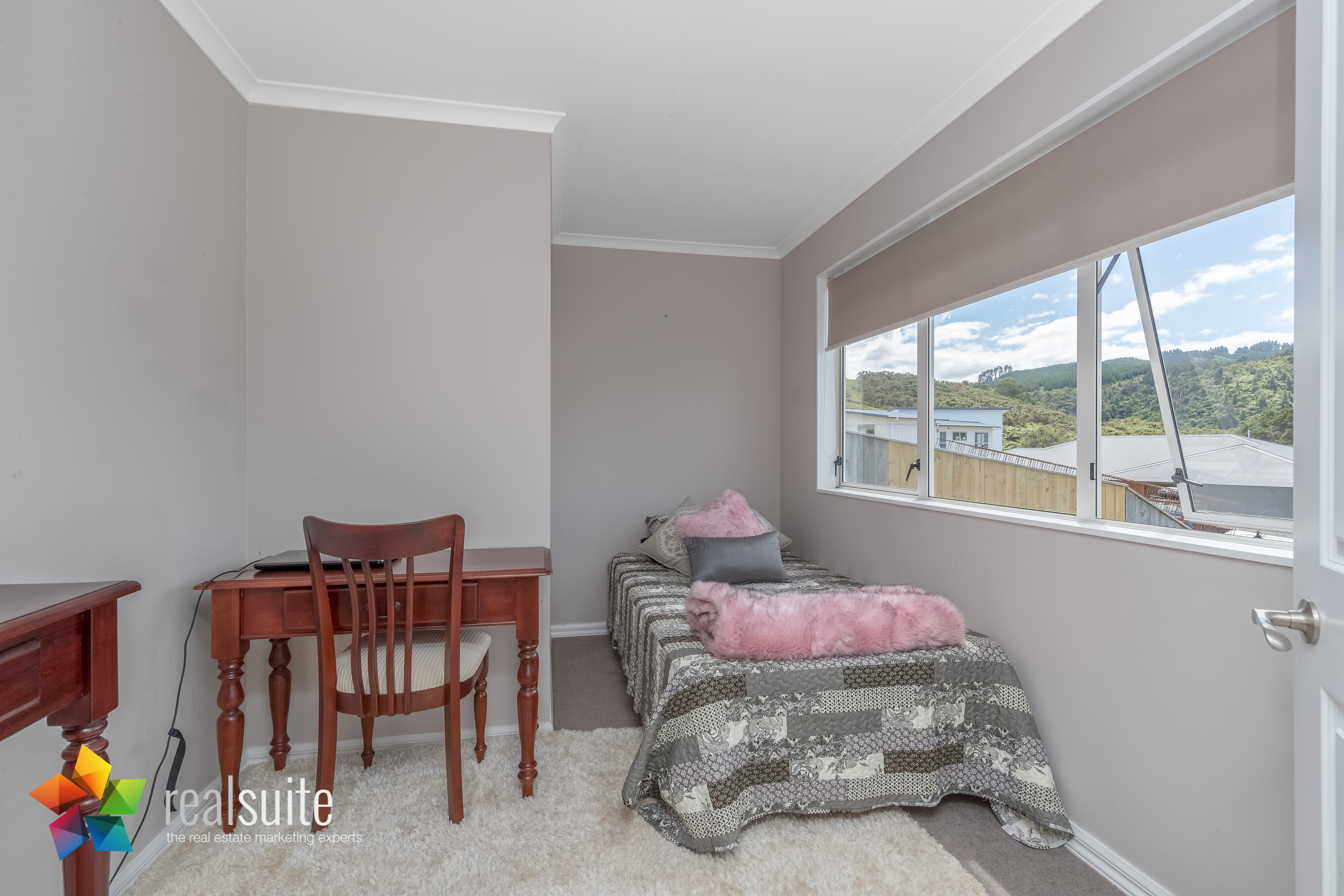 10 Frankie Stevens Place, Riverstone Terraces 4170