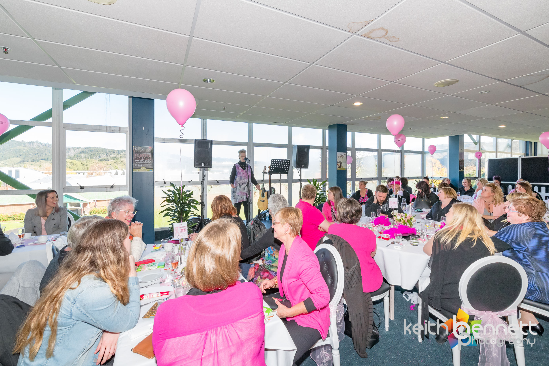 Kylies Pink Ribbon Breakfast 0399