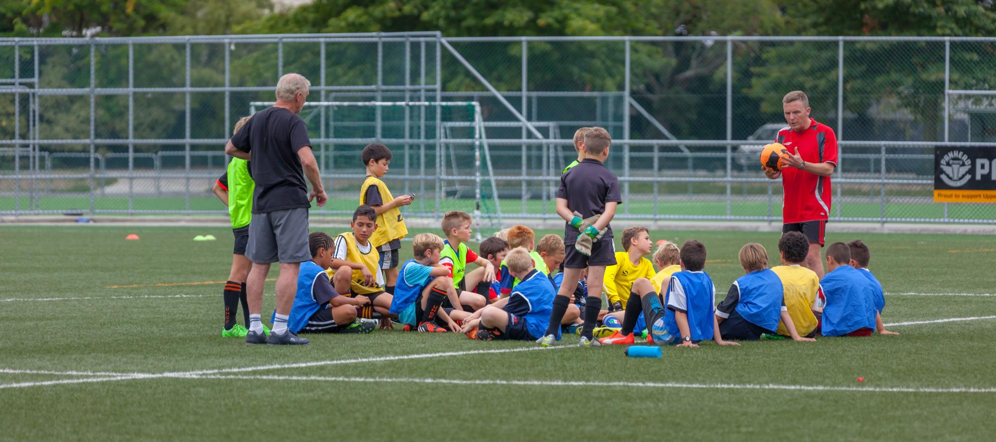 UHCC Soccer Coach 4512-Pano