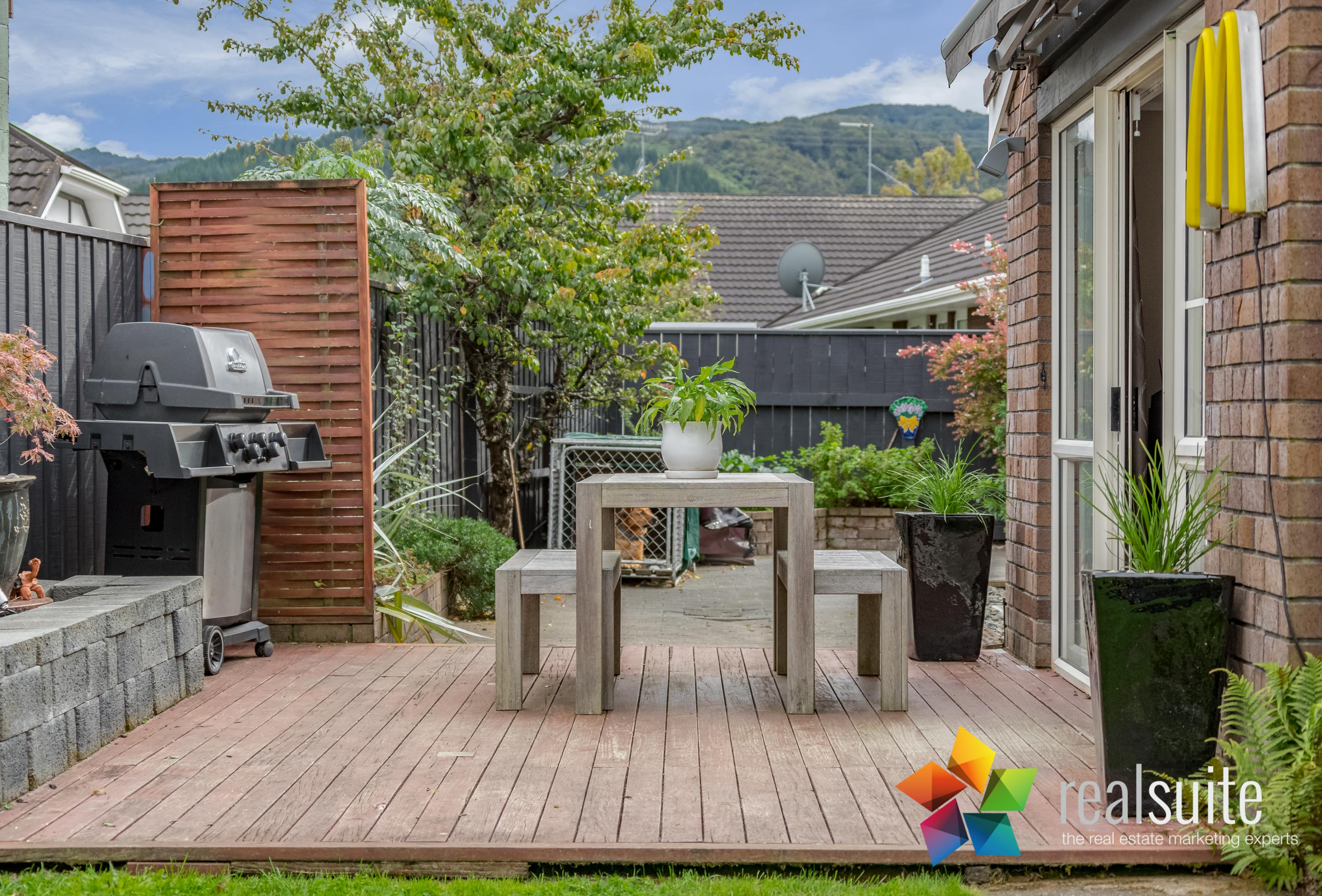 12 Comeskey Grove Upper Hutt 3795