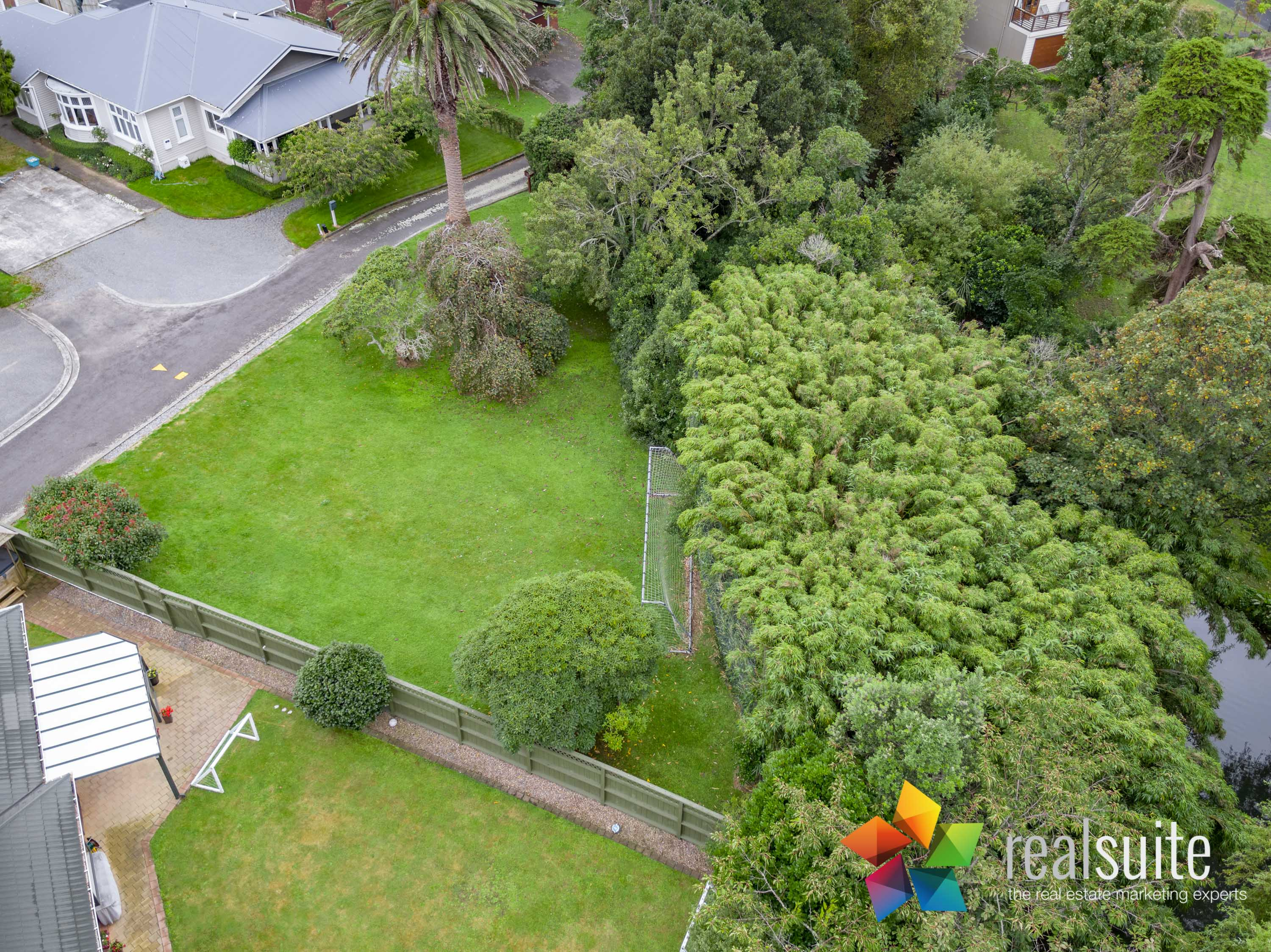 37,39 Rossiter Avenue, Lower Hutt 0046