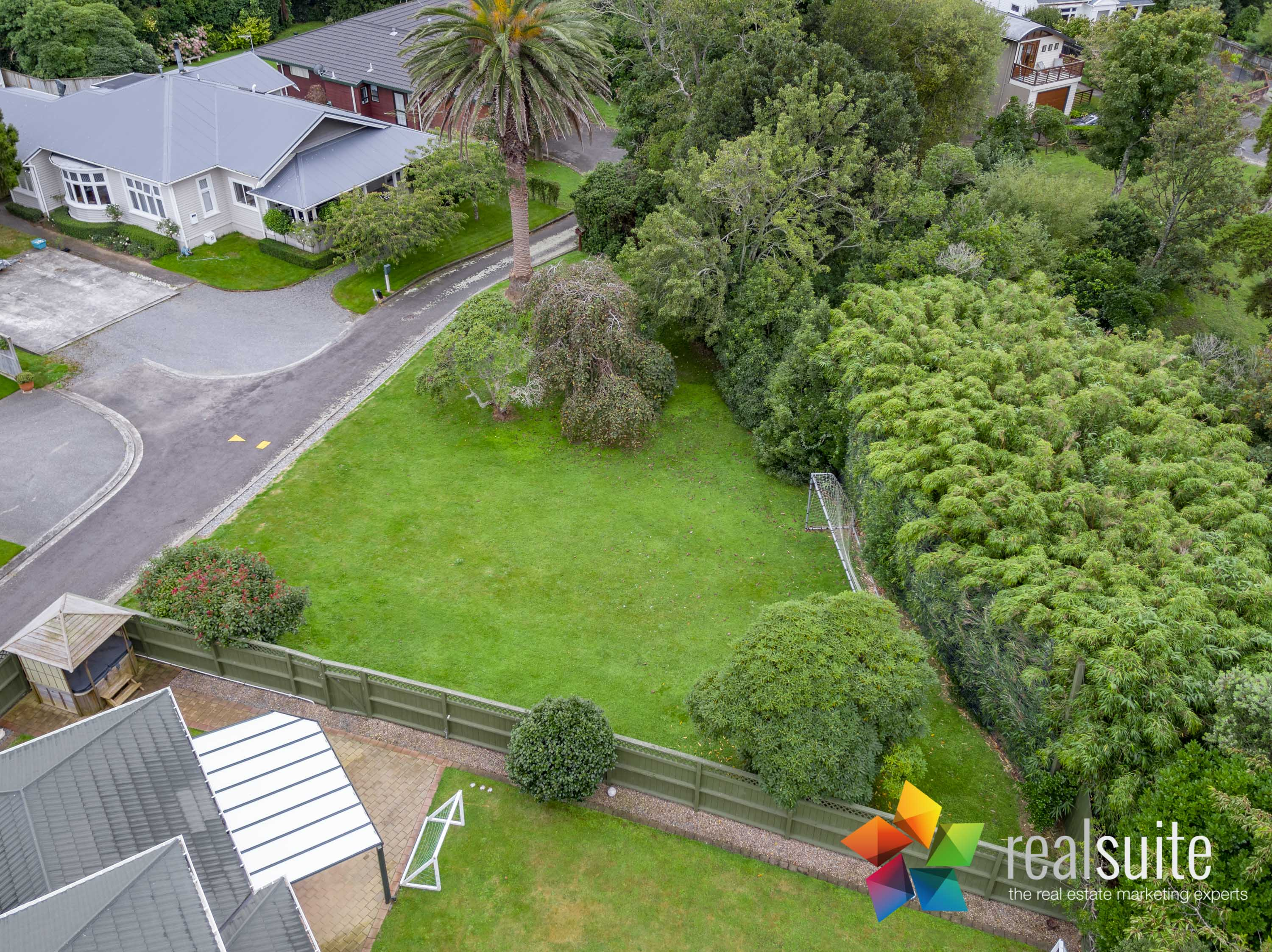 37,39 Rossiter Avenue, Lower Hutt 0044
