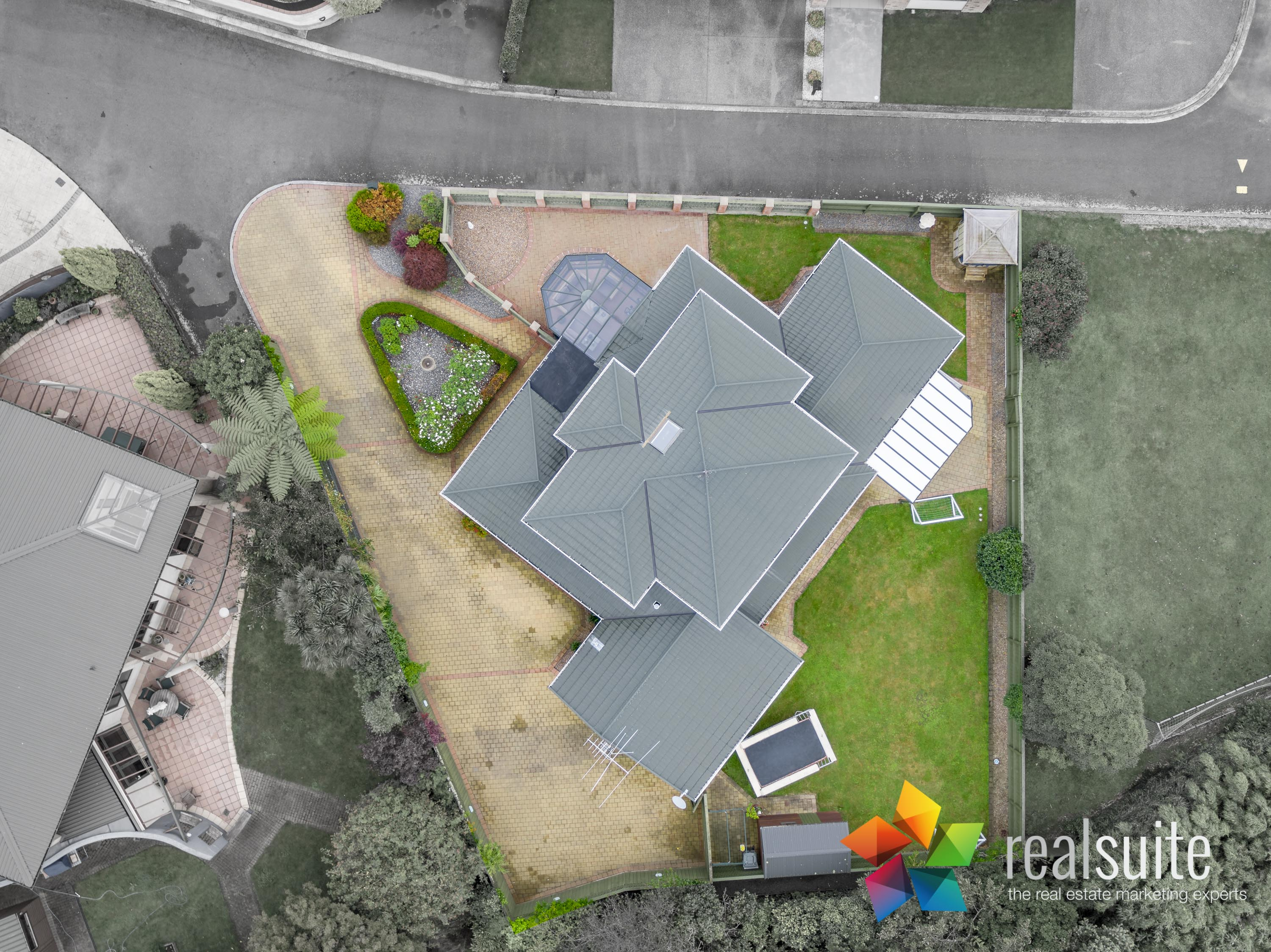 37,39 Rossiter Avenue, Lower Hutt 0092 Boundary ON
