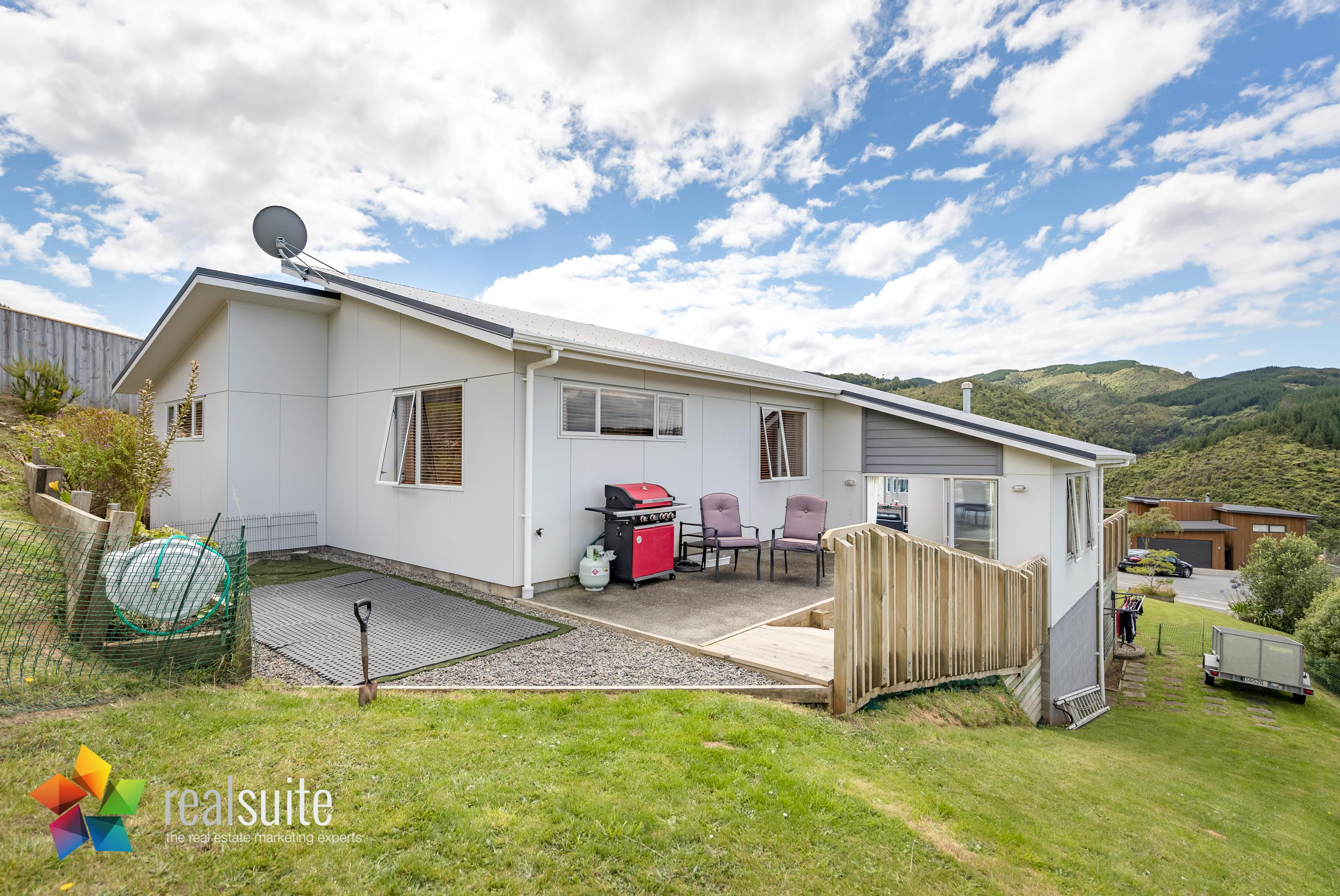 10 Frankie Stevens Place, Riverstone Terraces 4247