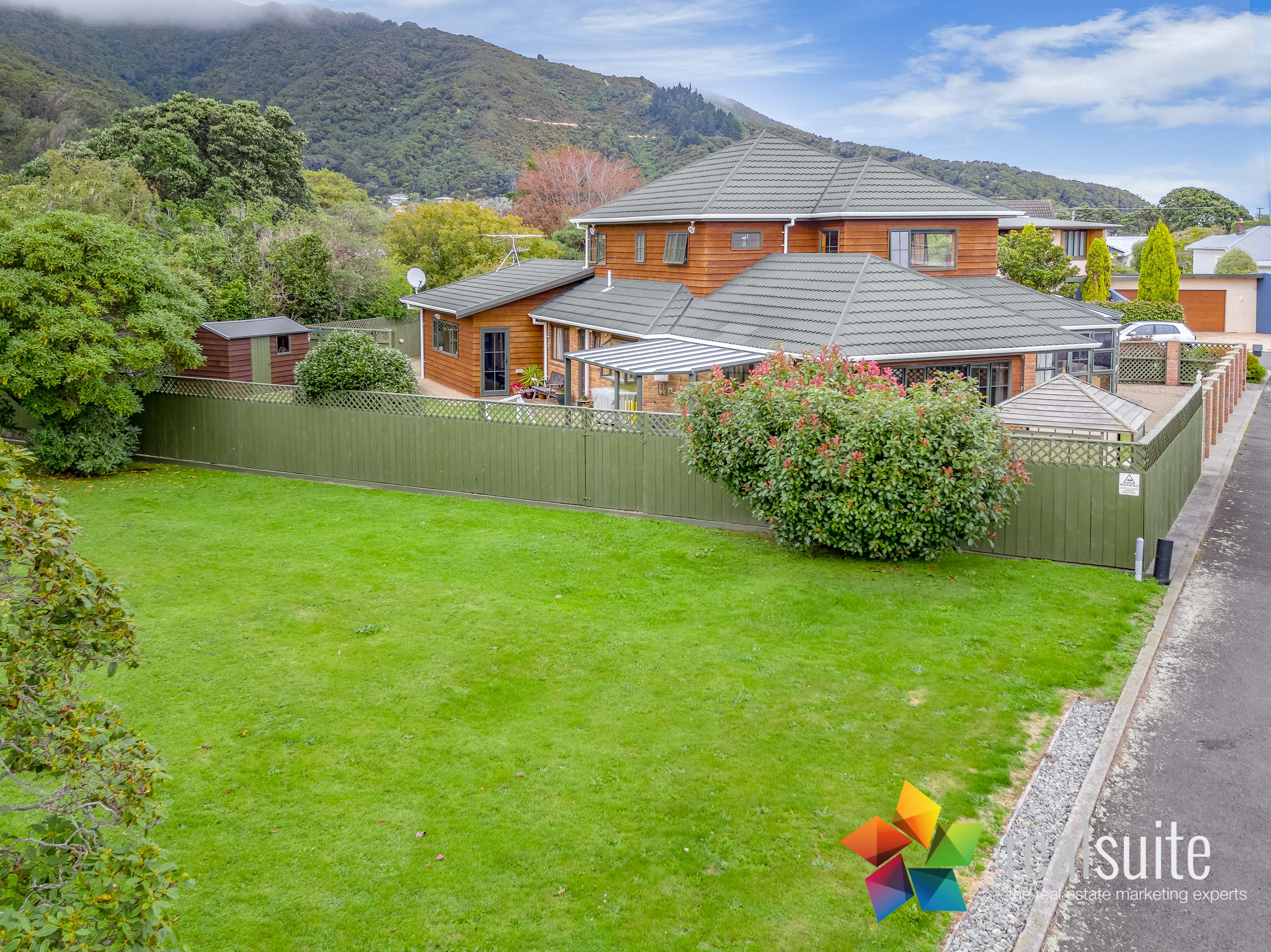 37,39 Rossiter Avenue, Lower Hutt 0052
