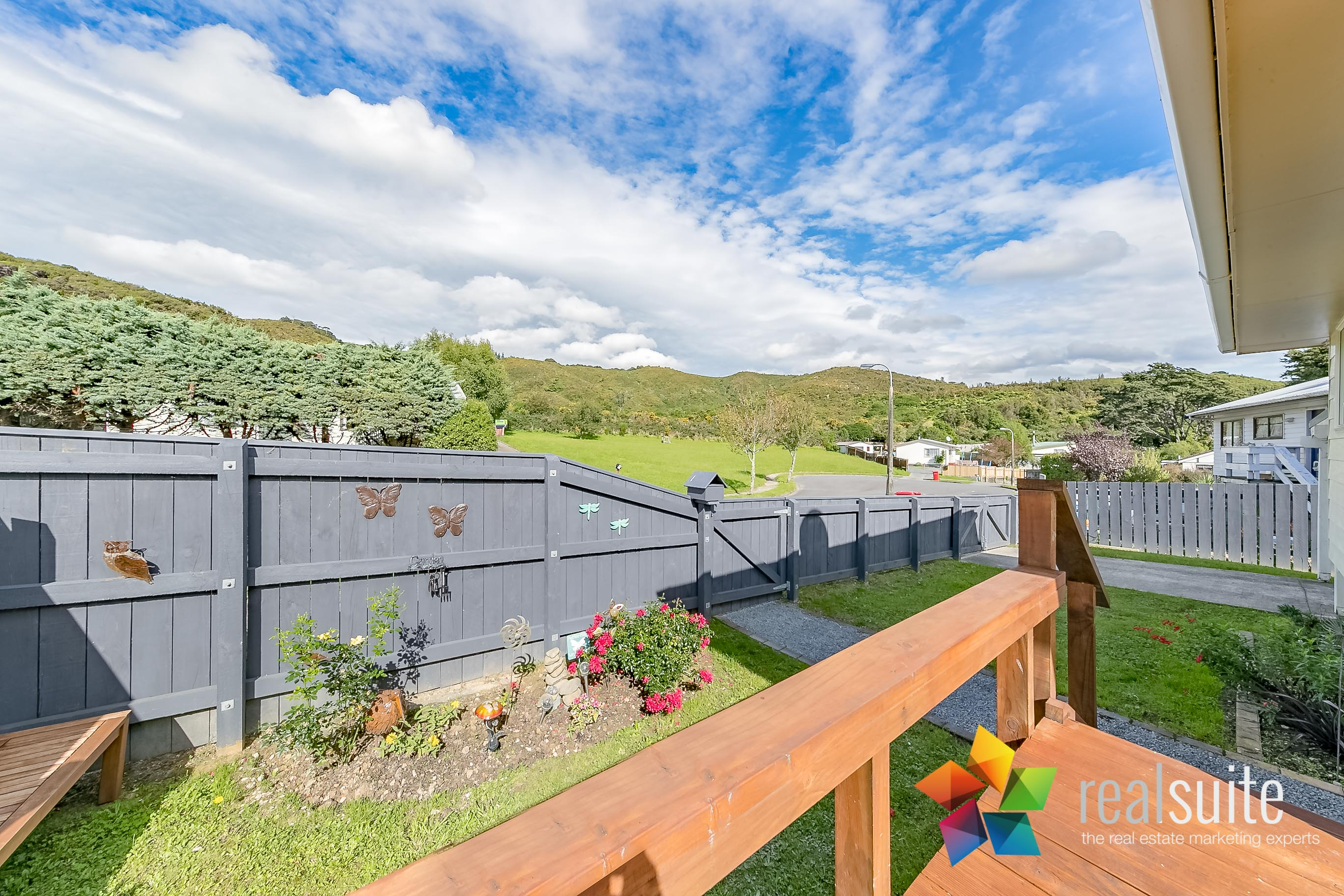 16 Oaklands Grove, Clouston Park 6921
