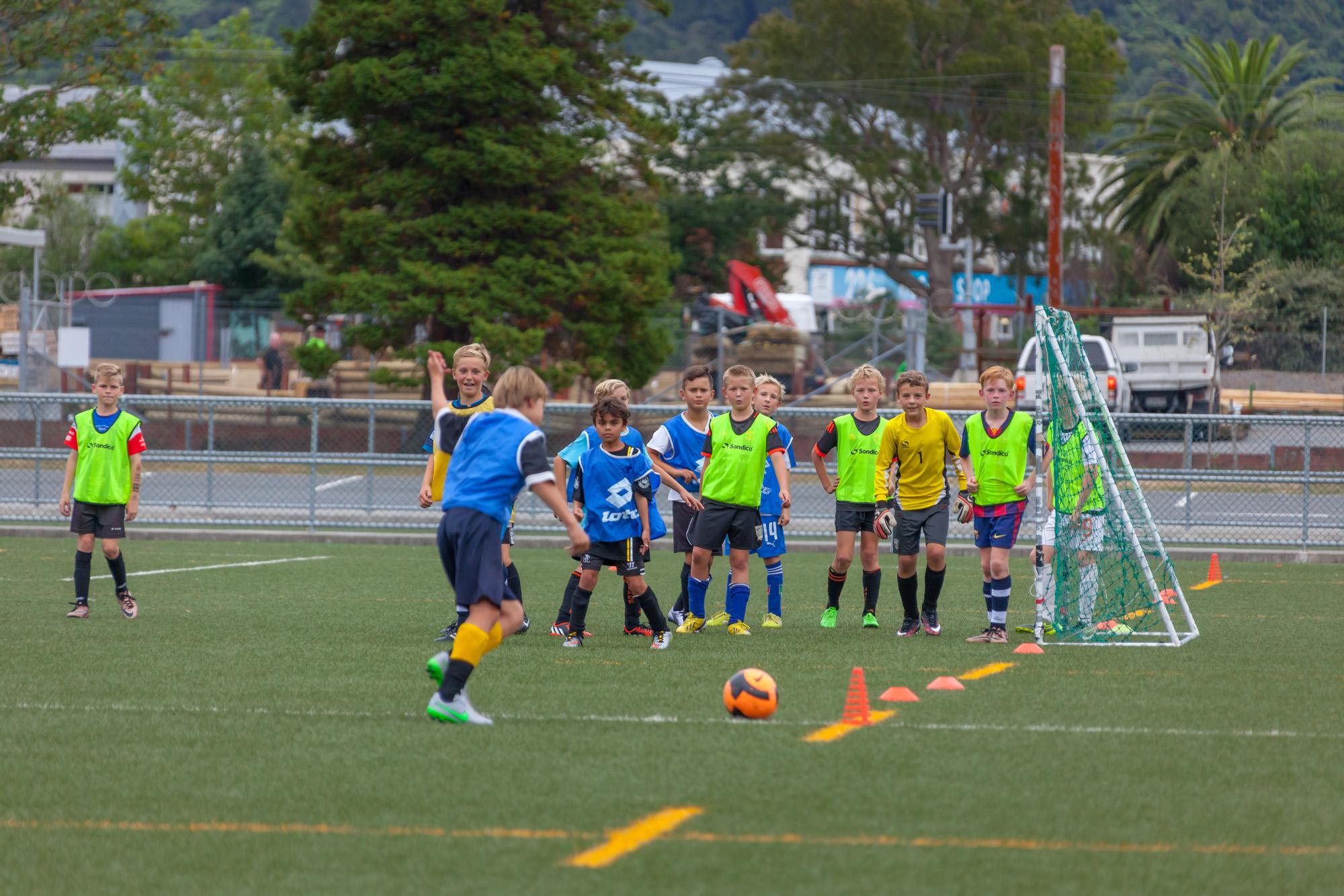UHCC Soccer Coach 4457