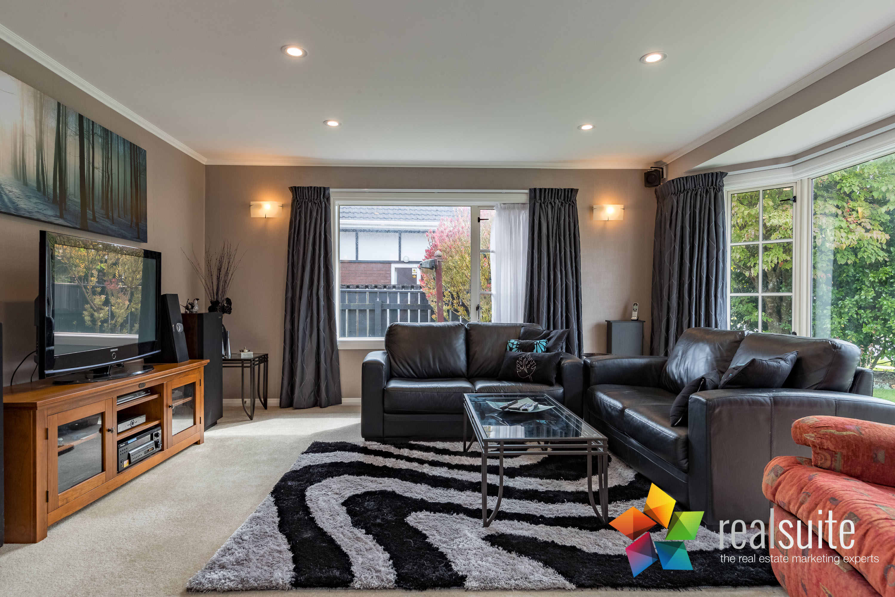 12 Comeskey Grove Upper Hutt 3893