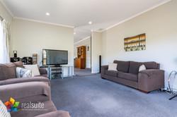 9 McEwen Crescent, Riverstone Terraces 8445