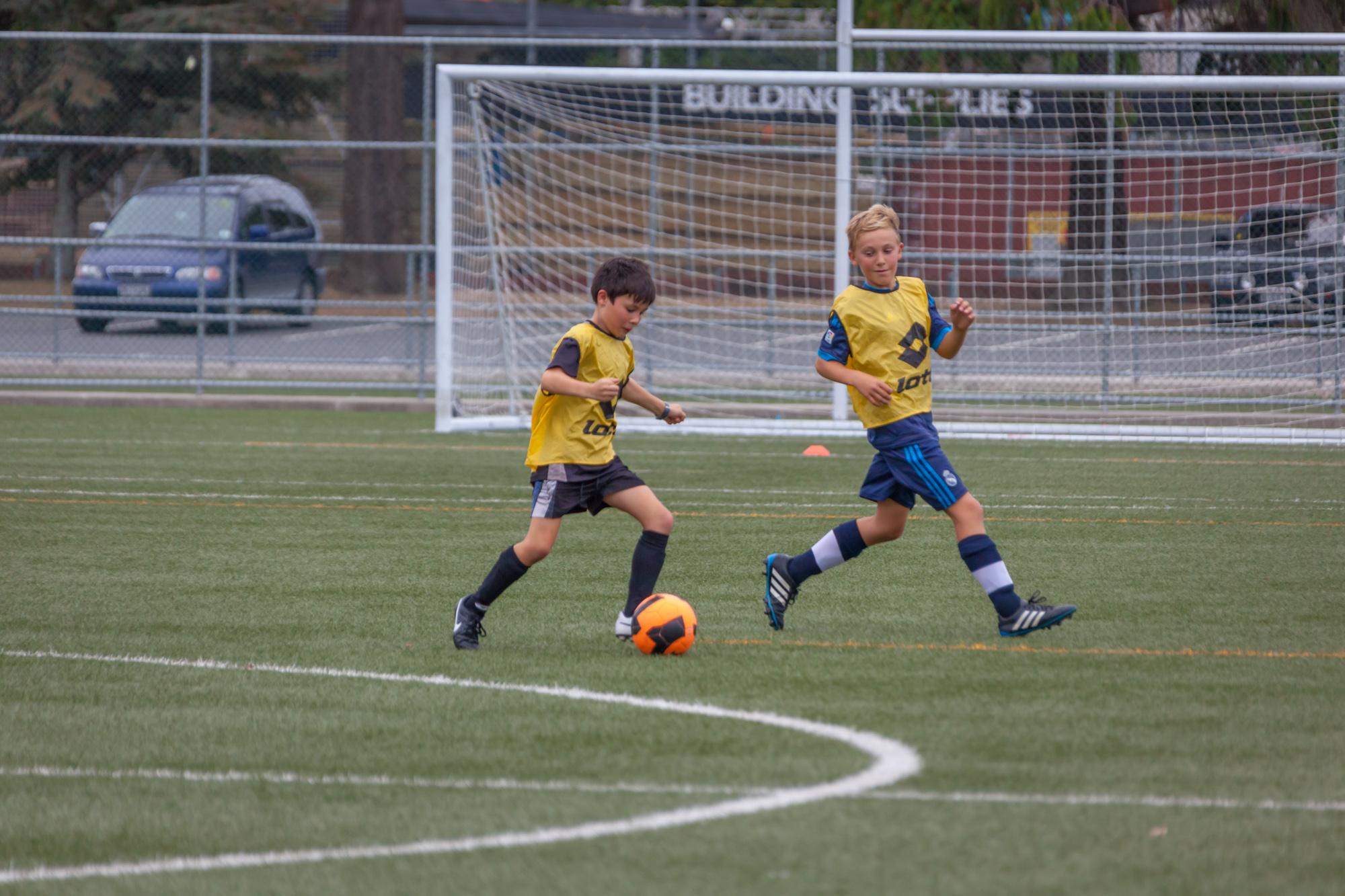 UHCC Soccer Coach 4480