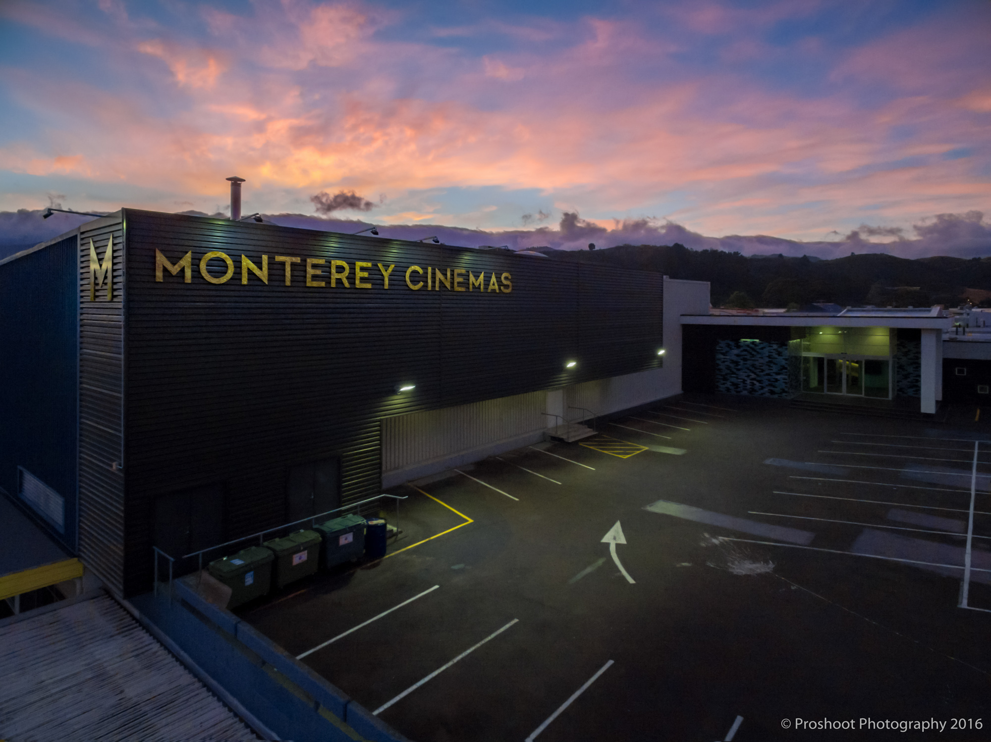 Dzine Monteray Cinema Sunrise 0001