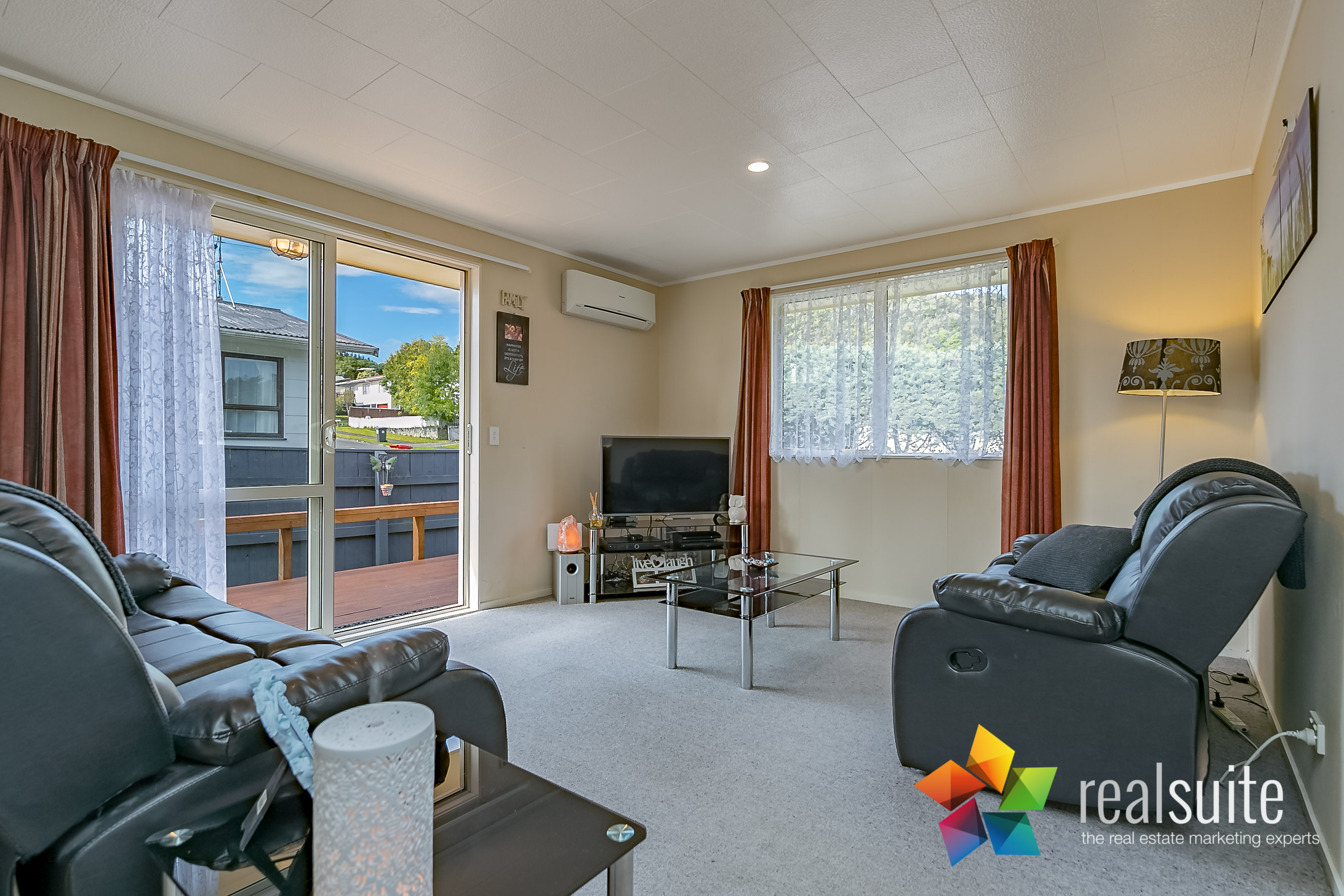 16 Oaklands Grove, Clouston Park 6946