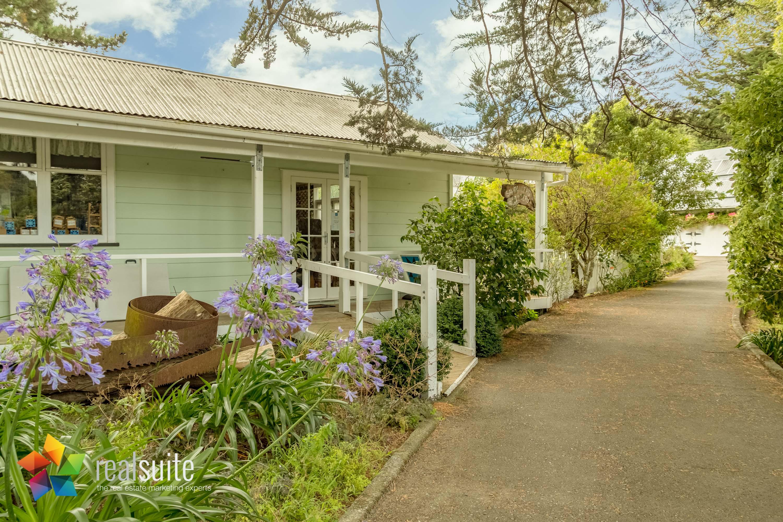 Stonestead, Te Marua 0211