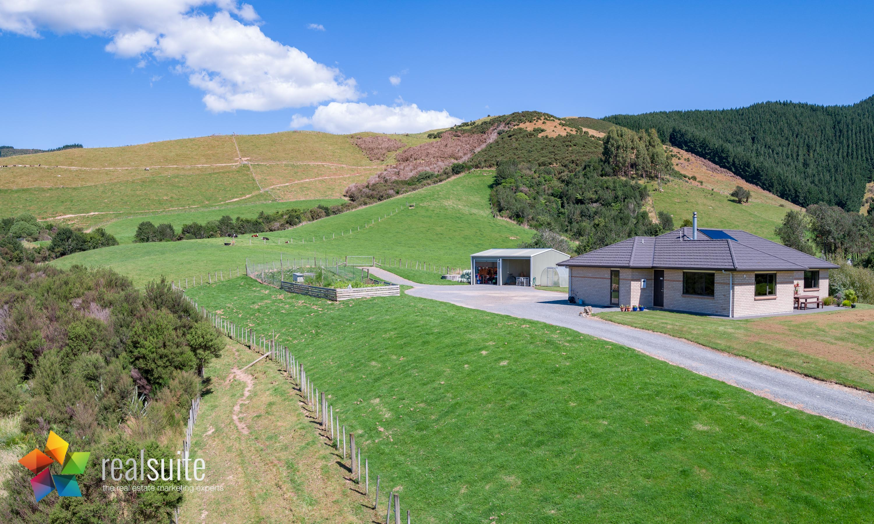 123e Johnsons Road, Whitemans Valley Aerial 0896-Pano
