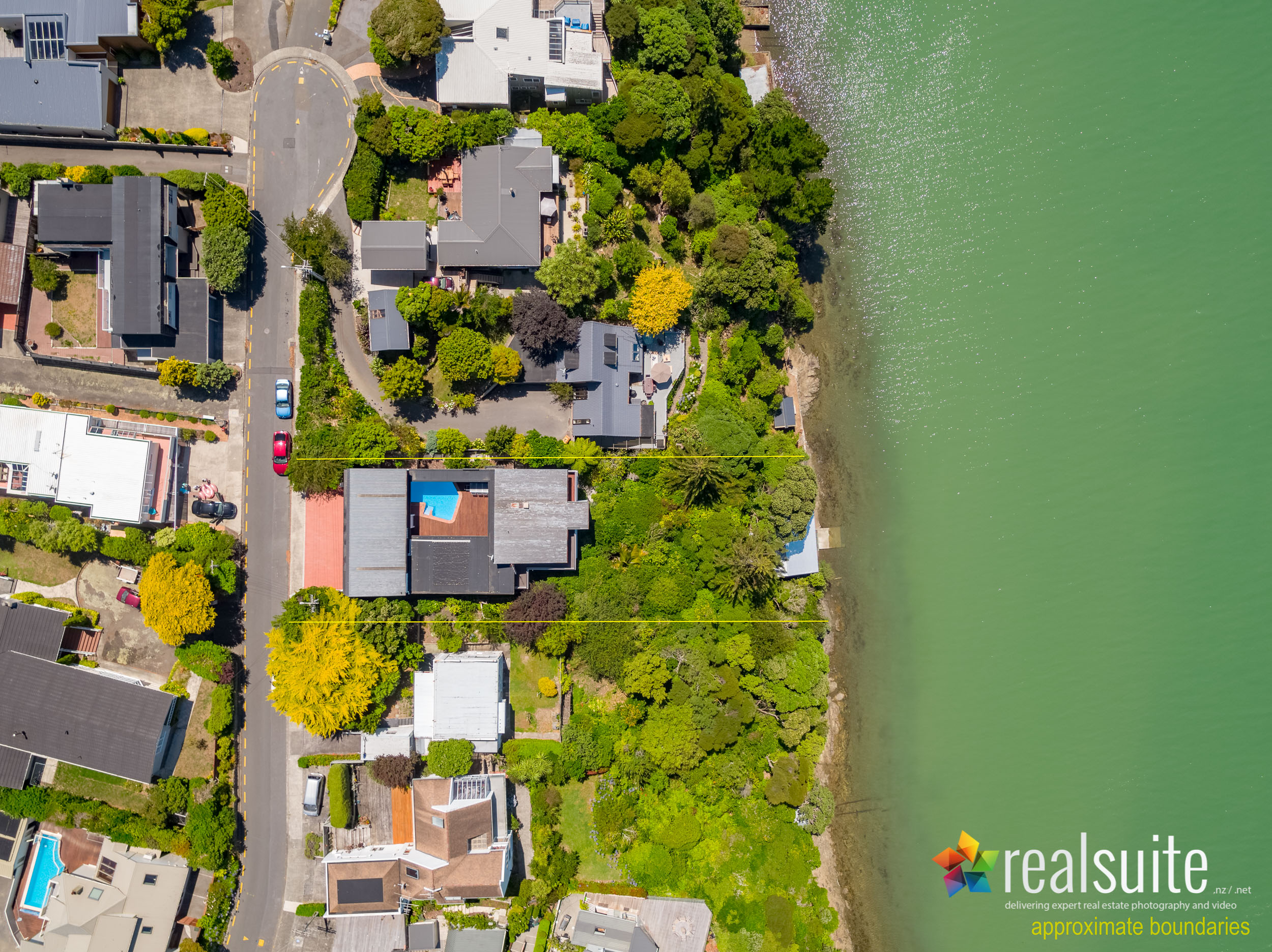 66 Seaview Road, Paremata, Aerial 0063-Boundary
