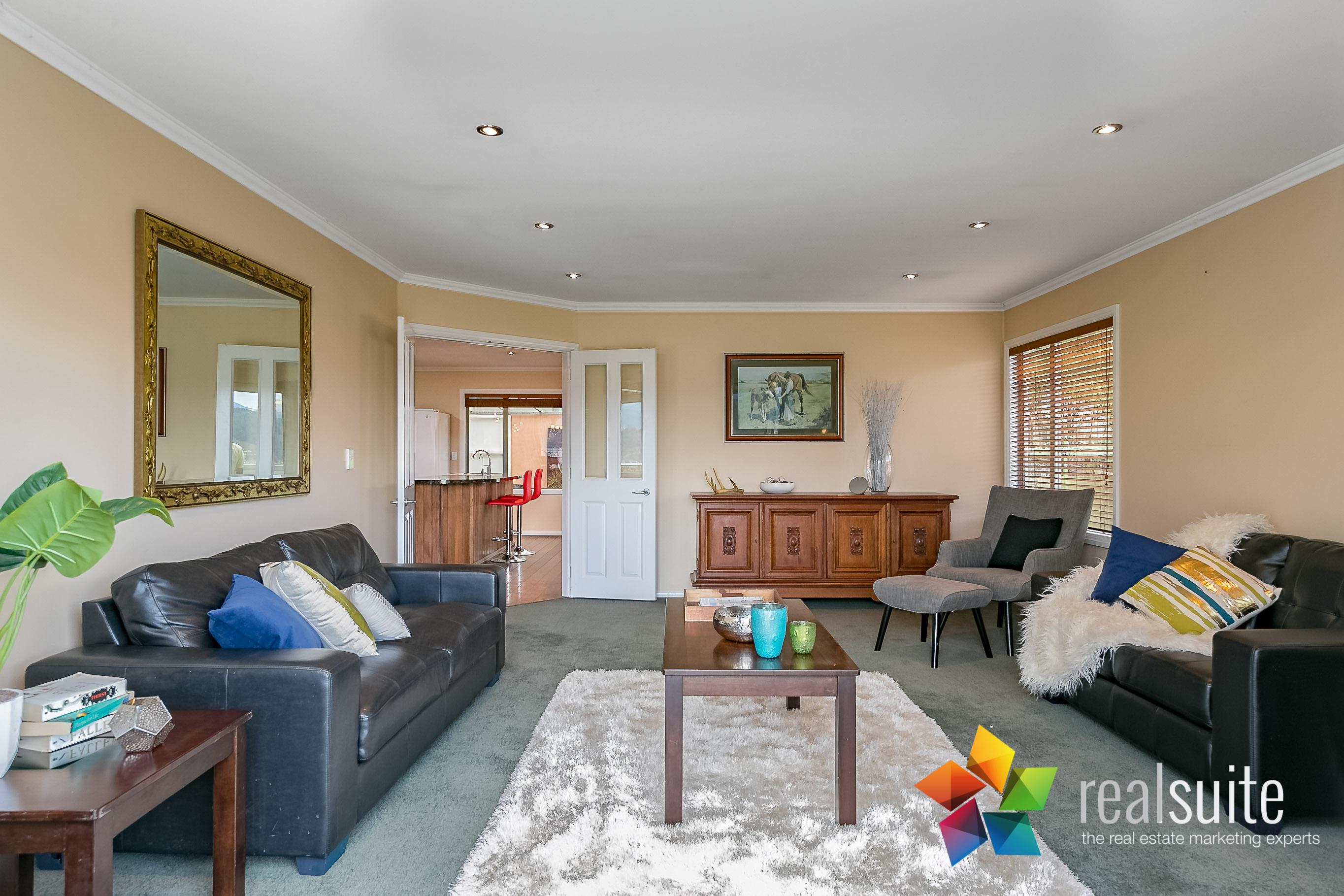 32 Birkinshaw Grove, Riverstone Terraces 7278