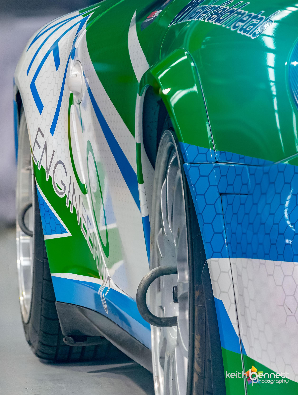 Dzine Porsche Brent Metco 6643-Focus Stacked