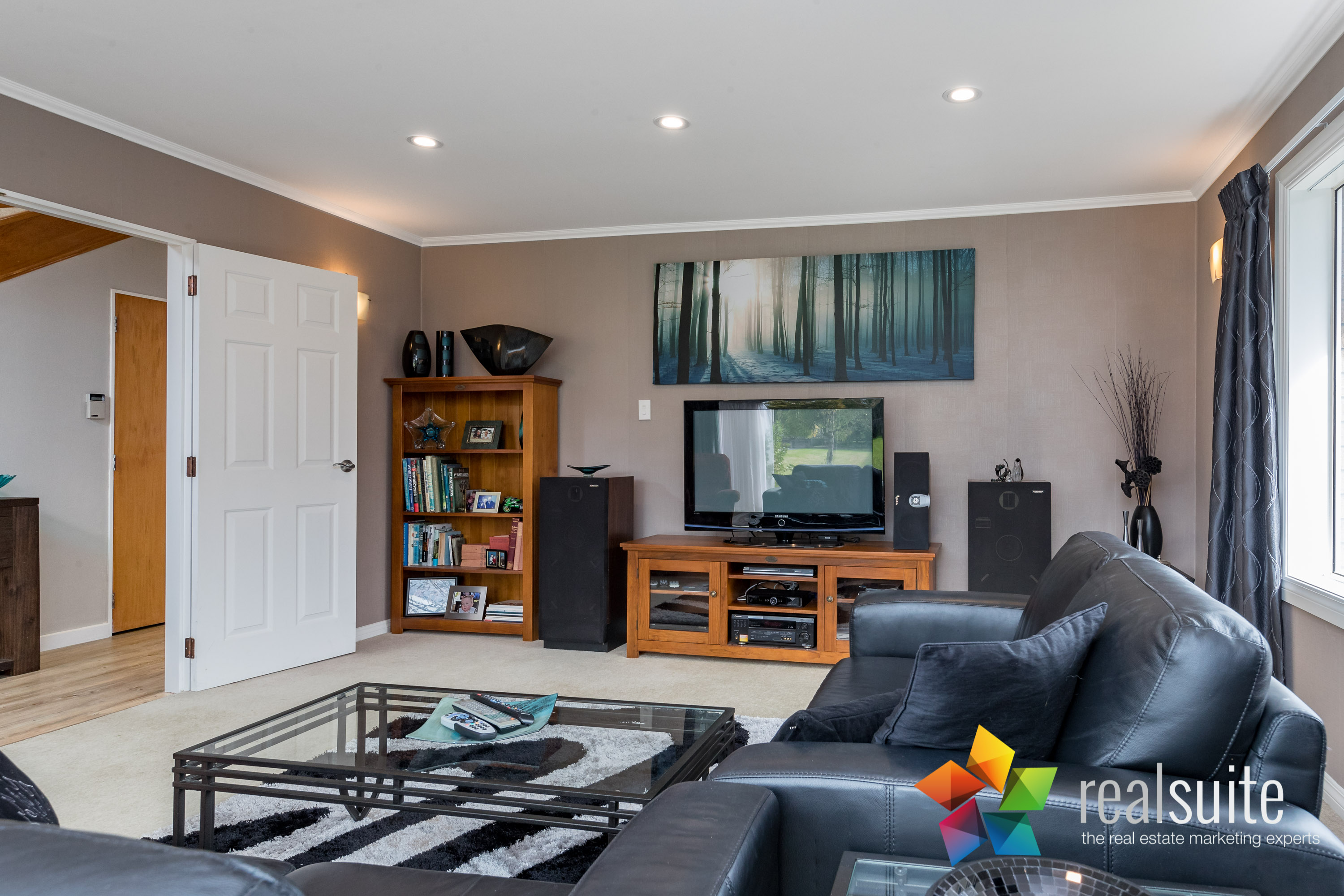 12 Comeskey Grove Upper Hutt 3877