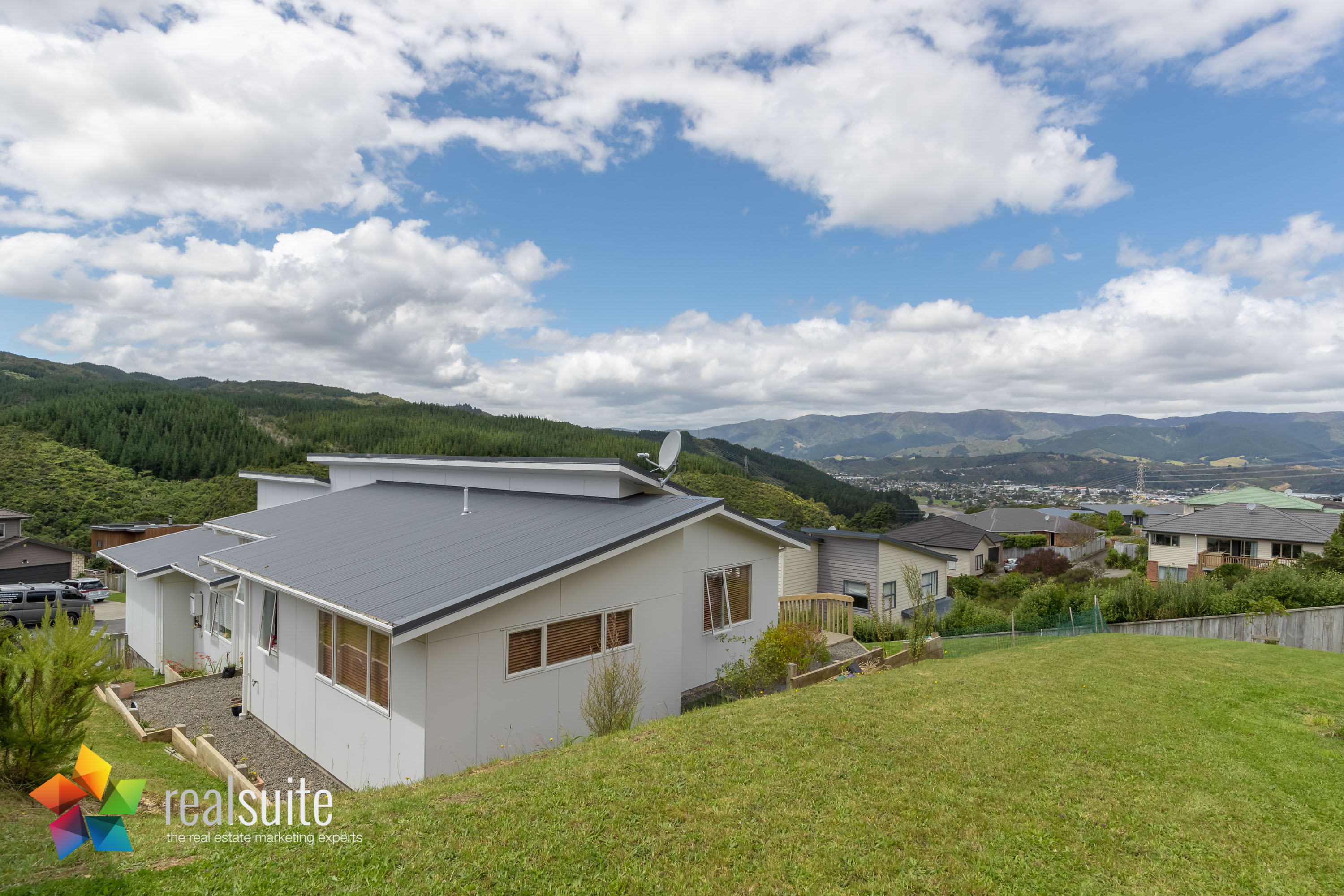10 Frankie Stevens Place, Riverstone Terraces 4219