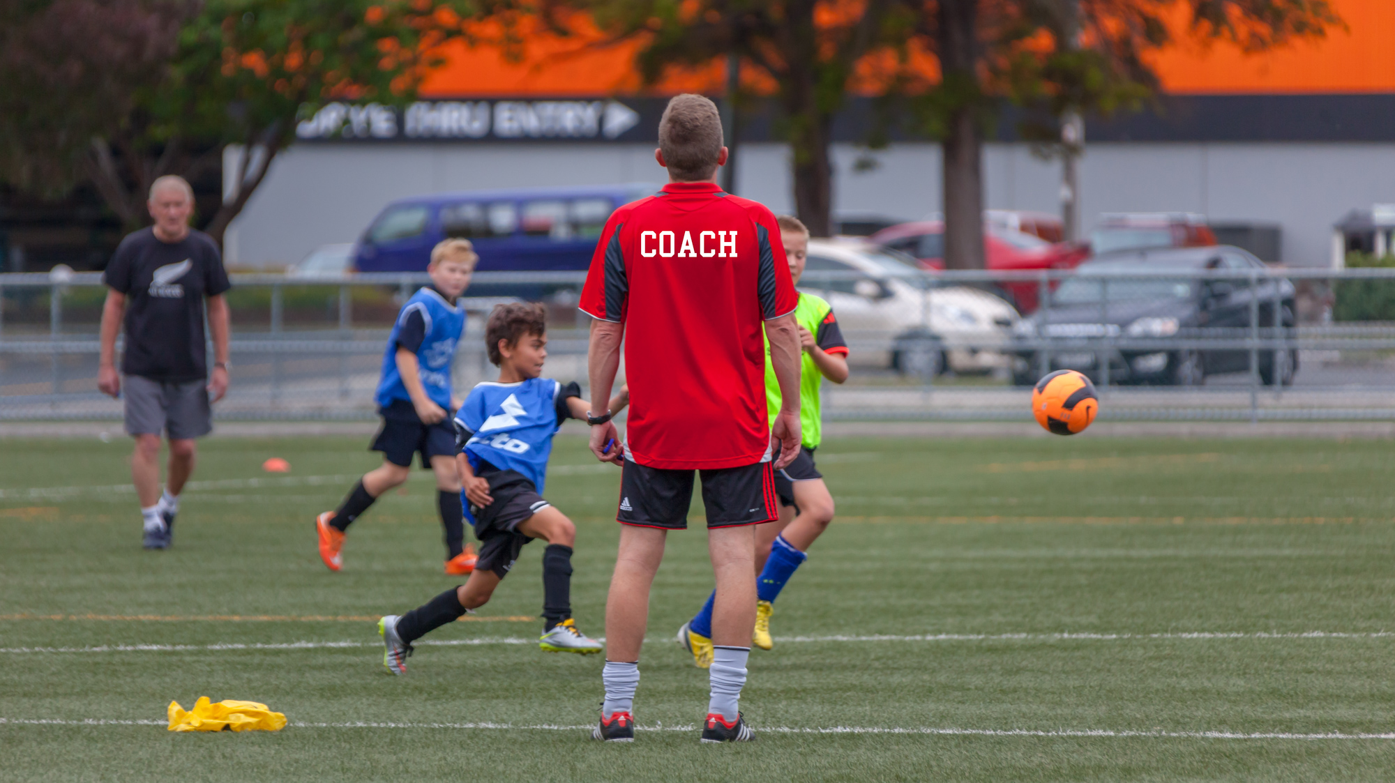 UHCC Soccer Coach 4474-Edit