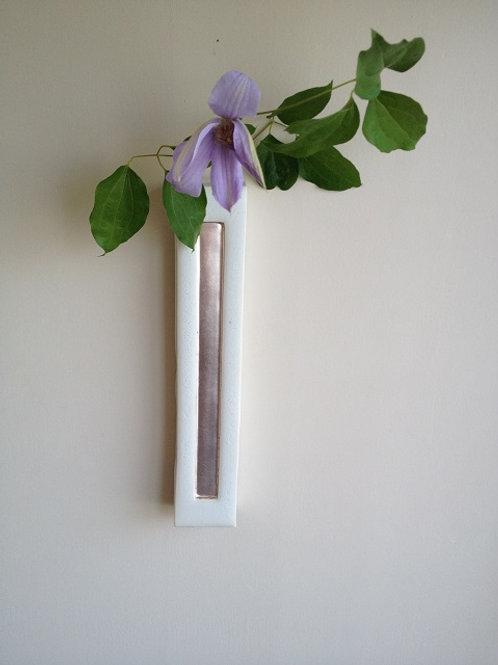 色銀箔押し壁掛け花器