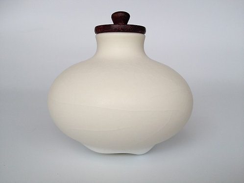 Pot with purple heart wood lid