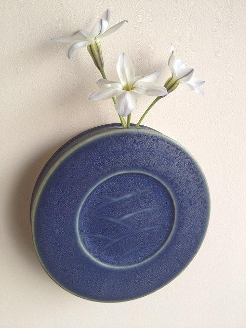 コバルト釉壁掛け花器