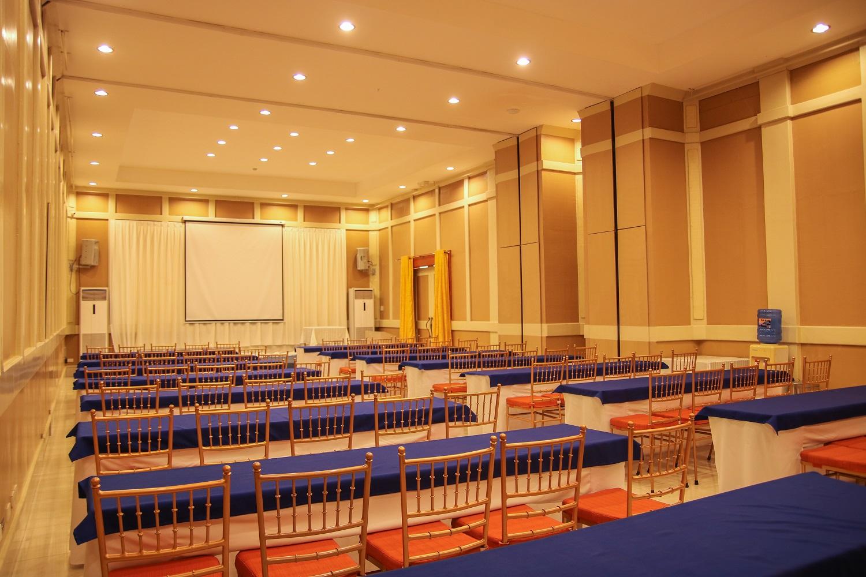 Siamesa hall