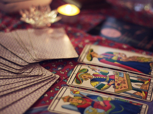 What's The Difference Between Fortune Telling And Intuitive Coaching?