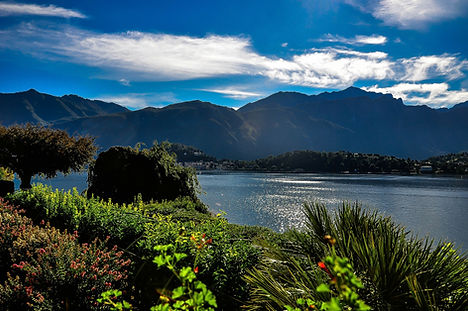 lake-como-261111_1920.jpg