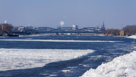 Norderelbe bei Eisgang