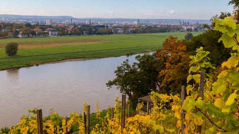 Elbe bei Dresden Lingerschloß