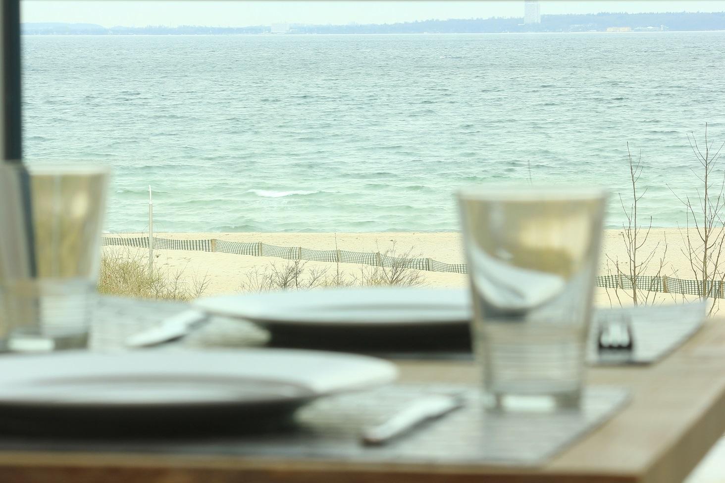 Essen mit Meerblick