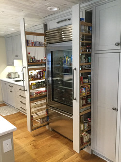 pull out spice rack shelving