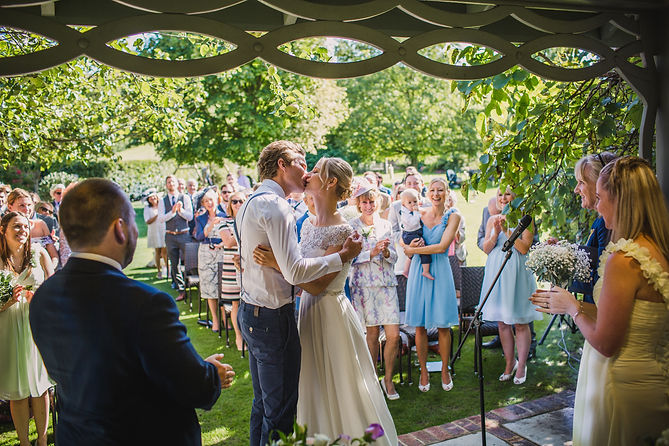 Garden ceremonies at Pangdean Old Barn in Sussex