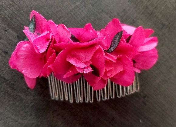 Peigne fleuri Bougainville, hortensia et eucalyptus stabilisés